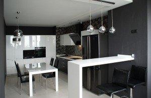 Кухонный гарнитур в черно-белом стиле